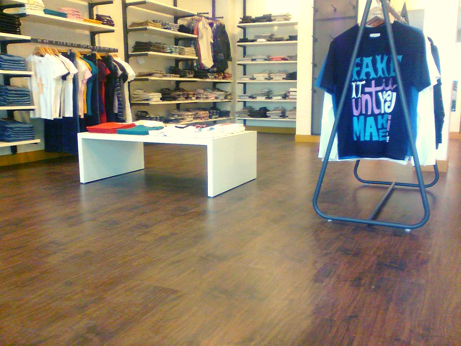 pvc flooring in india, Levis stores wooden flooring in bangalore